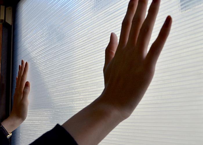 【防寒】冬は窓にプチプチ!どうやって貼ればいいの?その効果は?のサムネイル画像