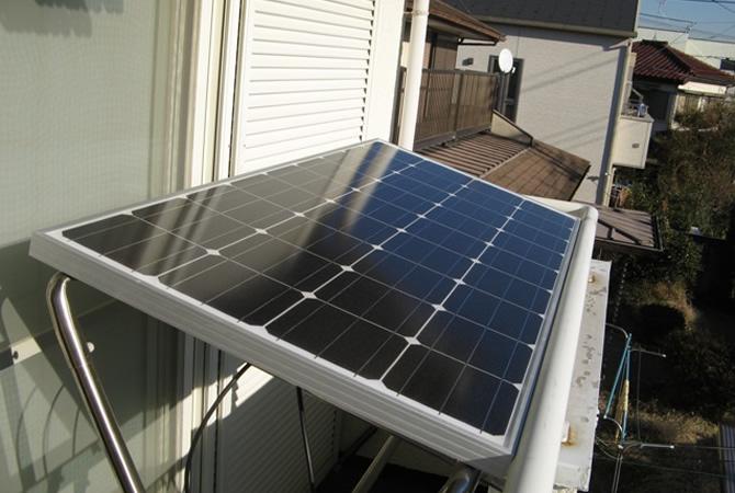 もしものときのために・・・太陽光発電も自宅のベランダで行う時代!のサムネイル画像