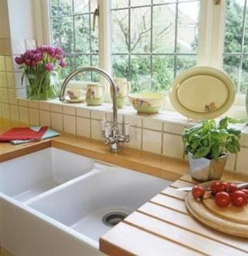 風水的にもとっても良い!キッチンに観葉植物を置いて運気アップ☆のサムネイル画像