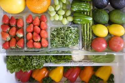 野菜を上手に保存する!冷蔵庫の野菜室の賢い使い方をご紹介のサムネイル画像
