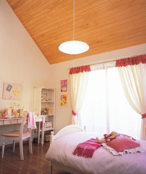 子供部屋のカーテン選びのポイントとカーテンの色別効果をご紹介!のサムネイル画像