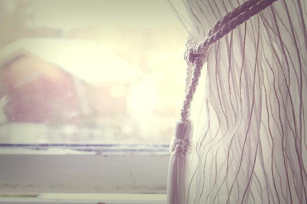 部屋の雰囲気を変えたい!かわいいカーテンで気分も上がる♪のサムネイル画像
