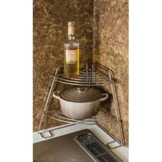 キッチンのデッドスペースに!おすすめコーナーラックの活用法のサムネイル画像