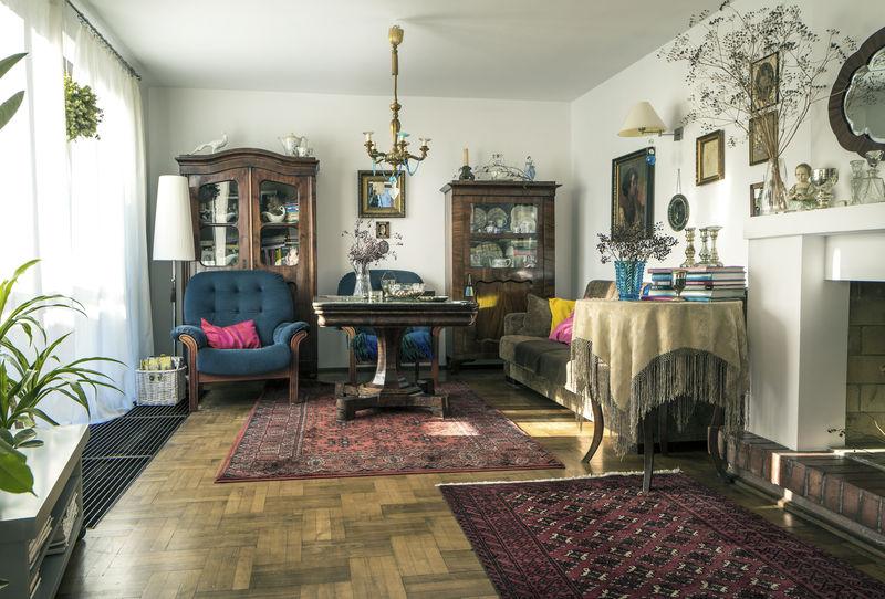 【模様替えもこれで楽勝♪】家具の移動もスイスイ出来る技も公開のサムネイル画像