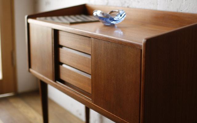 素敵な家具!キャビネットでワンランク上の部屋を演出しましょう!のサムネイル画像