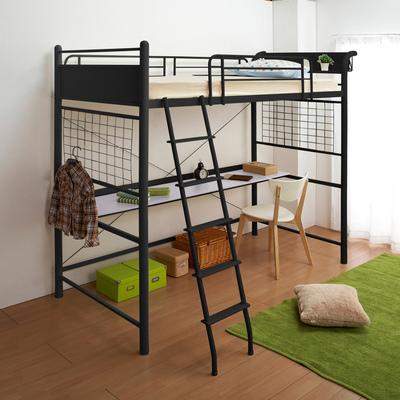 机とベッドの一体化!子供のためにスペースを有効活用しましょ。のサムネイル画像