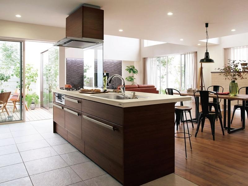 素敵なキッチンはまず床の素材から!インテリア性or機能重視?のサムネイル画像