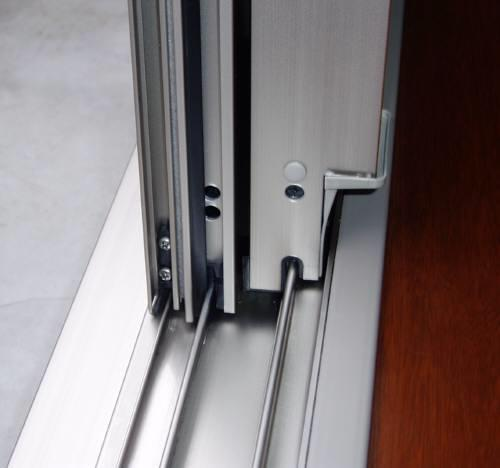 窓のサッシも大掃除☆ちょっとのコツで窓のサッシもすっきり綺麗♡のサムネイル画像
