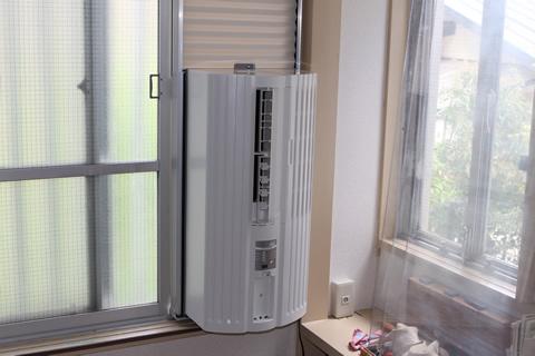 取り付け簡単窓用エアコン!そのメリットとデメリットを調べました。のサムネイル画像