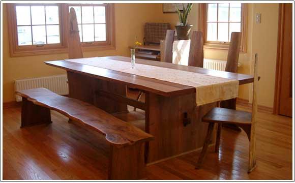 【家族の思い出づ売りをお手伝い】笑顔が集まるダイニングテーブル。のサムネイル画像
