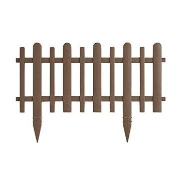 園芸や造園で、フェンスを使って、場所を区切ることがあります。のサムネイル画像