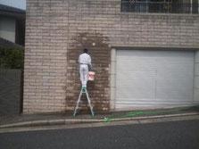汚れた外壁を、ピカピカに洗浄・掃除する方法を調べましょう!のサムネイル画像