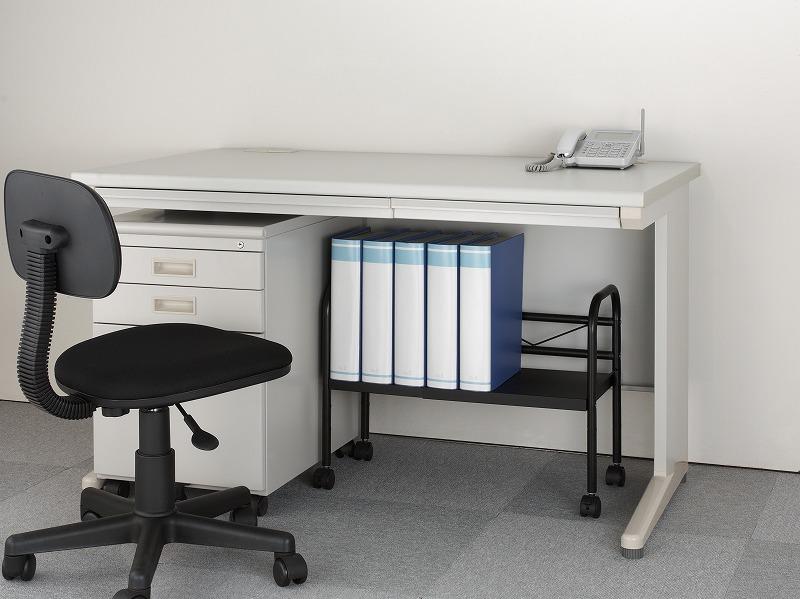 【収納】椅子や机下などを有効活用した簡単収納術を紹介!!!のサムネイル画像