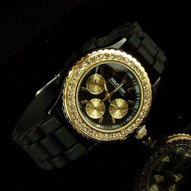 ラバーベルトの腕時計・デュアルデスティニーご紹介♪素敵ですよ♪のサムネイル画像