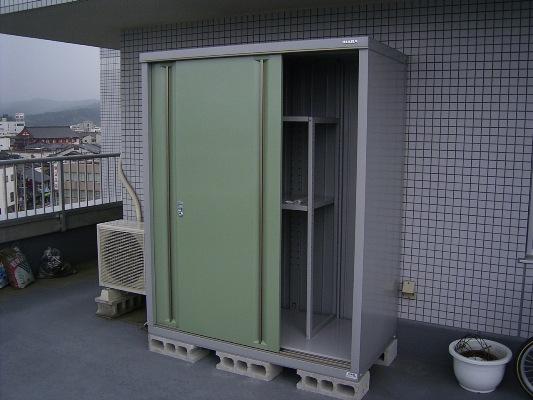 ベランダには、屋根がありますので、物置を設置することも出来ます!のサムネイル画像