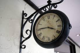 お部屋の雰囲気までも変えてしまう!?おしゃれな時計の紹介です♪のサムネイル画像