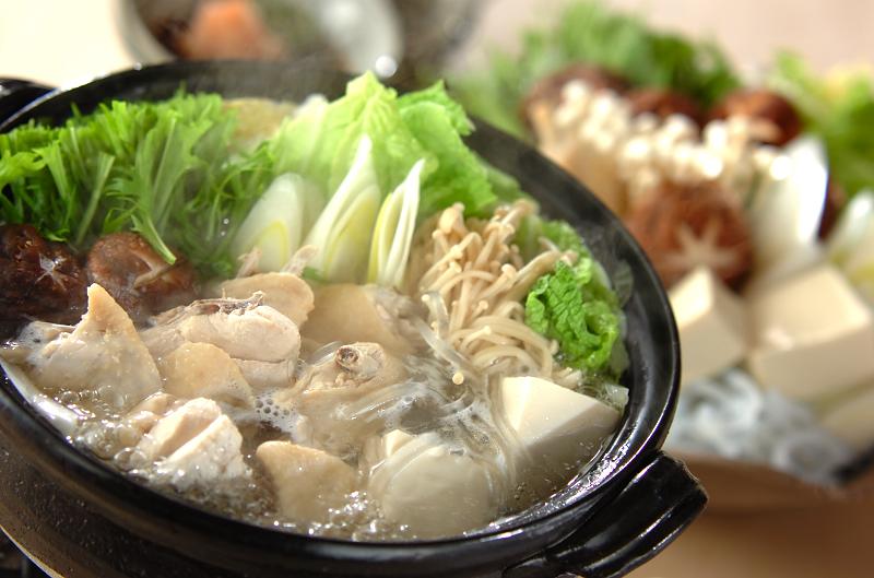 鍋物だけじゃない、洋風スープや炊飯にもおすすめの土鍋特集のサムネイル画像