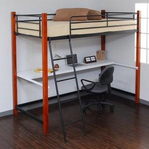 ベッドと、デスクの占めるスペースを、有効活用しましょう!のサムネイル画像