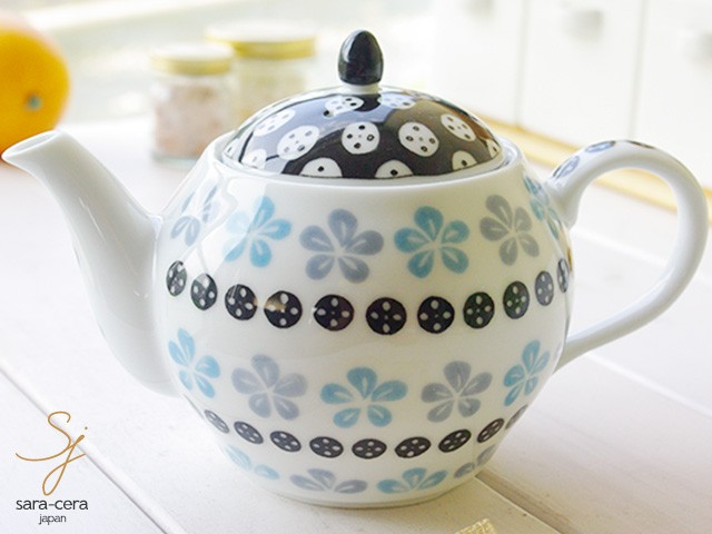 紅茶を愛するすべての方へ・・・人気のティーポットをご紹介!のサムネイル画像