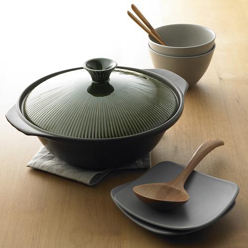 寒い季節にほっこり食卓を飾る!センスGOODなおしゃれ土鍋特集のサムネイル画像
