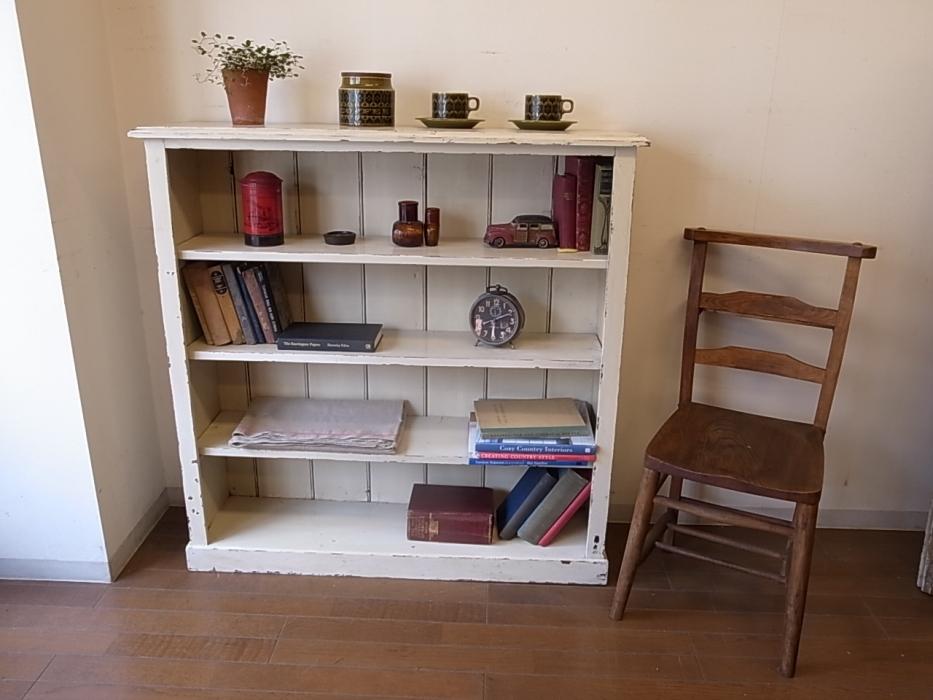 アンティークな本棚で素敵な部屋作り【自作のレシピ付き☆】のサムネイル画像