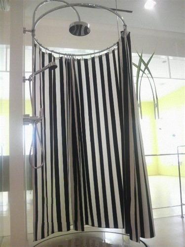 お部屋の印象を決めるカーテンの柄。ストライプはいかがでしょう。のサムネイル画像