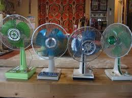 流行はまわる、羽のように。アンティーク扇風機の魅力に迫るのサムネイル画像