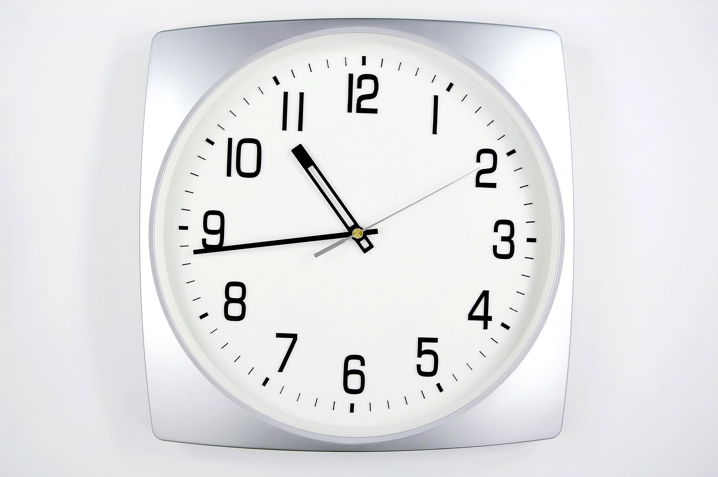 時計の文字盤は、シンプルなものからおしゃれなものまでたくさん☆のサムネイル画像
