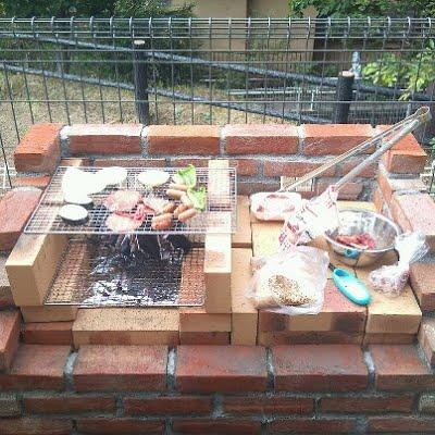 レンガを使って、おしゃれに自分で作るオリジナルバーベキュー炉のサムネイル画像