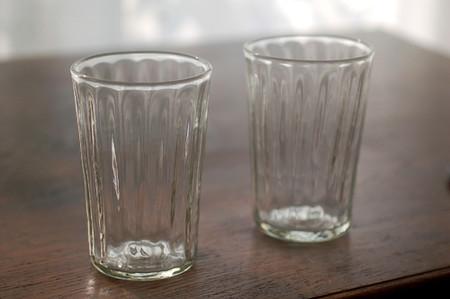 使い道は色々!ガラスのコップがお洒落なインテリアにもなる!のサムネイル画像