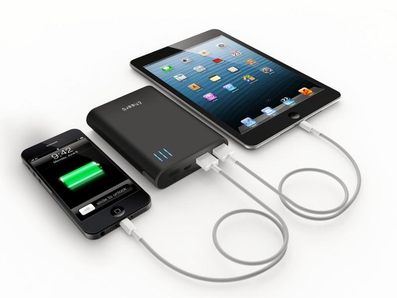 注目の携帯充電器はコレ!容量別におすすめ商品を集めてみました。のサムネイル画像