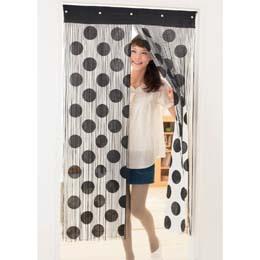 今どきのおしゃれなのれんで部屋をイメージチェンジしませんか。のサムネイル画像