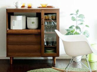 炊飯器や、電子レンジを置く棚です。ラック、食器棚を探します!のサムネイル画像