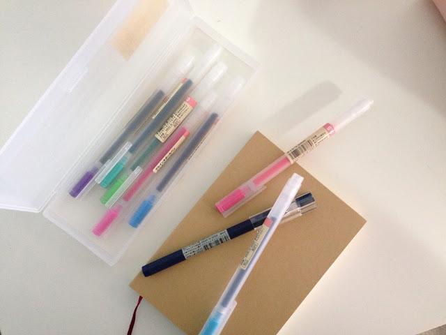 ひとつは欲しい!人気なのは【無印良品】シンプルなペンケースのサムネイル画像