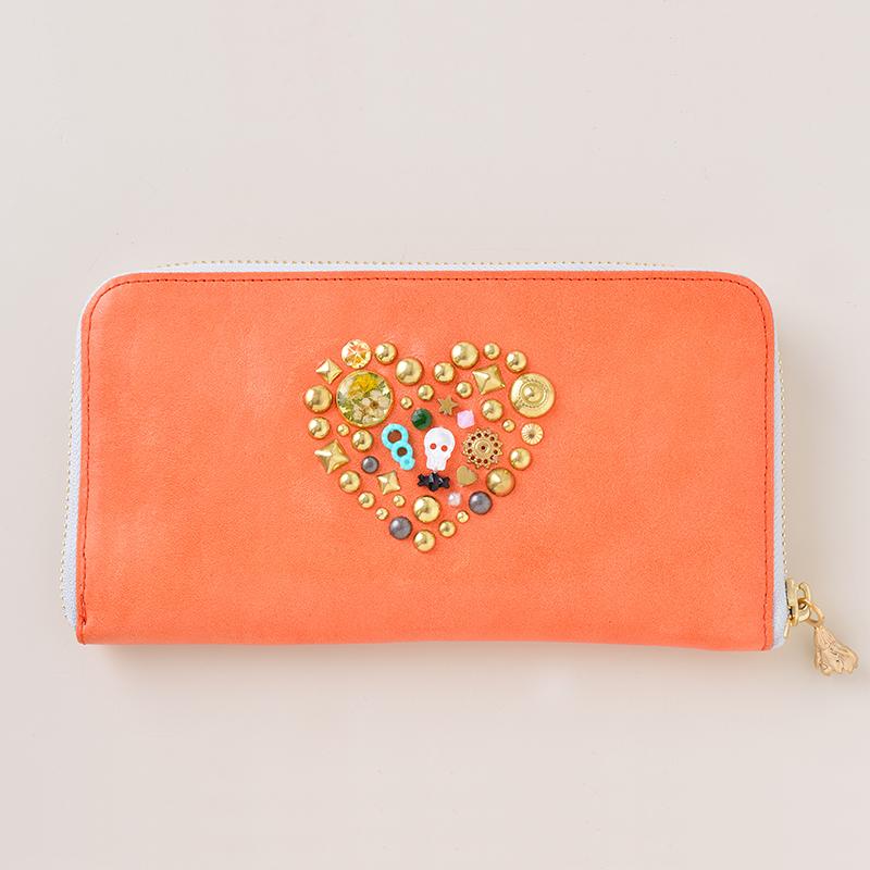 明るい気分いなれるオレンジの財布の紹介したいと思います。のサムネイル画像