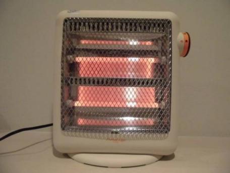 節約には向いてない?ハロゲンヒーターの気になる電気代についてのサムネイル画像