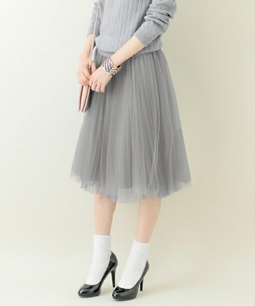 女子のおしゃれ必須アイテム、スカート。収納に困っていませんか?のサムネイル画像