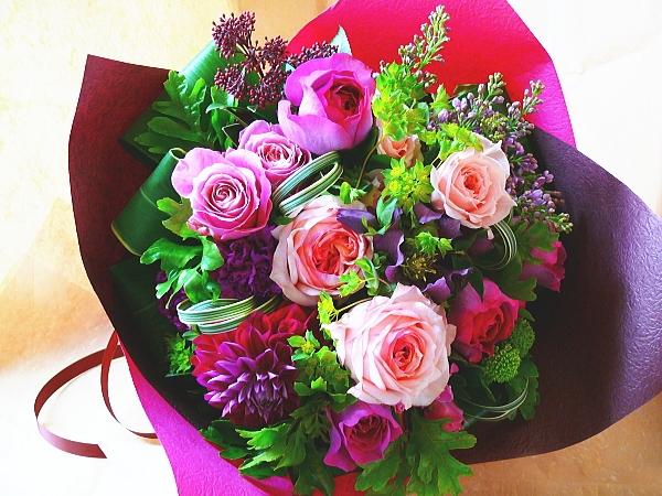 女子ならもらって嬉しいお花!人気のお花「花言葉」とともに紹介!のサムネイル画像