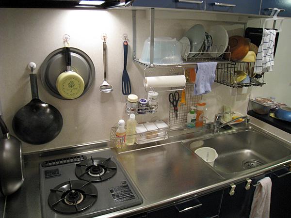 一人暮らしのキッチンをおしゃれに!アイディアや収納術を紹介!のサムネイル画像