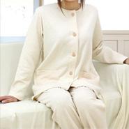 いい女は睡眠環境にこだわる!お勧めオーガニックコットンパジャマのサムネイル画像