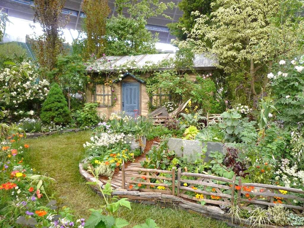 ガーデニングの春がやってくる!おしゃれなお庭の例大公開します♪のサムネイル画像