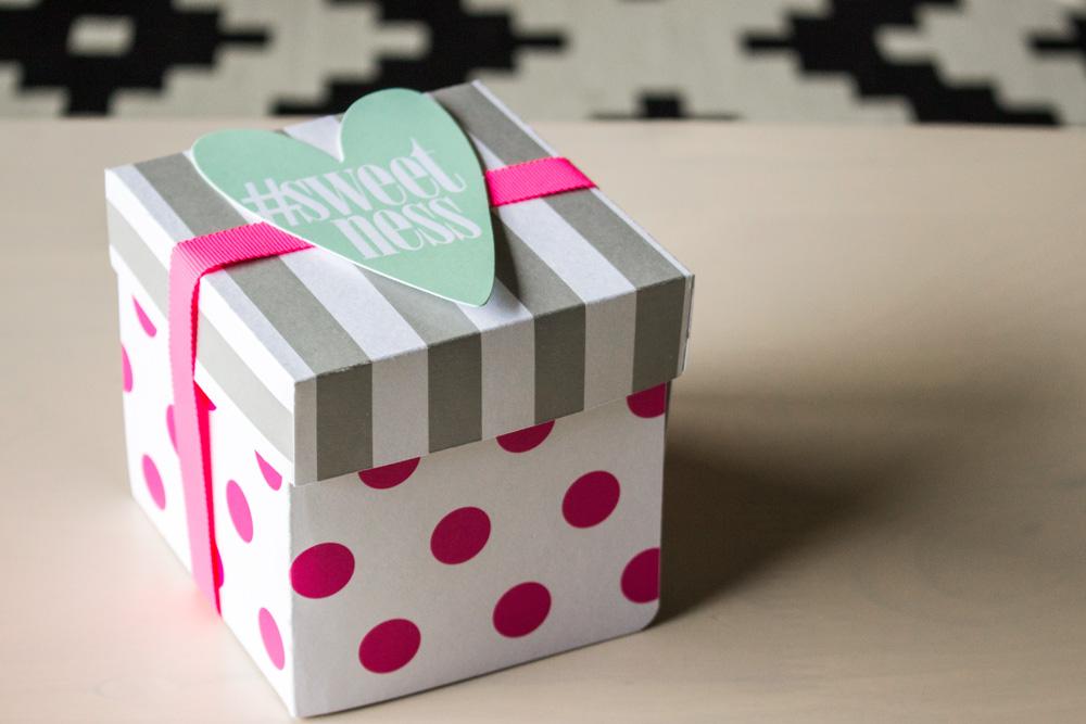 好きな大きさにできる、かわいくて楽しくて役に立つ紙箱の作り方のサムネイル画像