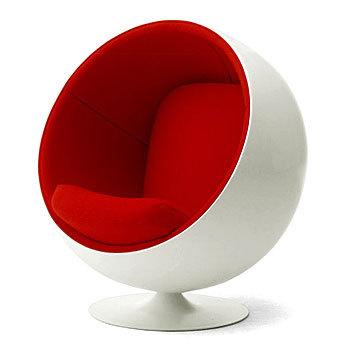 憧れのインテリアにいつか手に入れたいデザイナーズ・ブランドの椅子のサムネイル画像