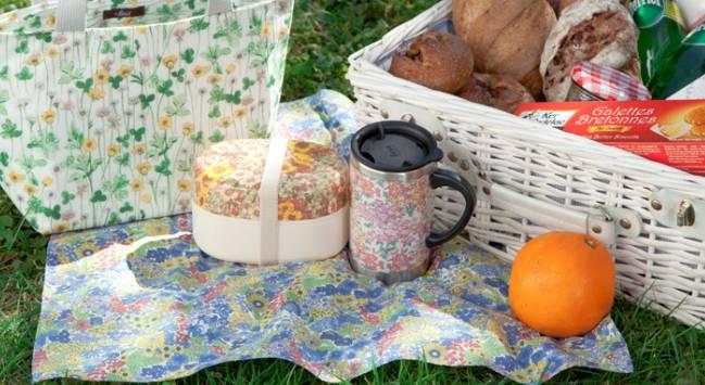 お花見にお弁当持って出かけよう!2段式ランチボックス集めました!のサムネイル画像