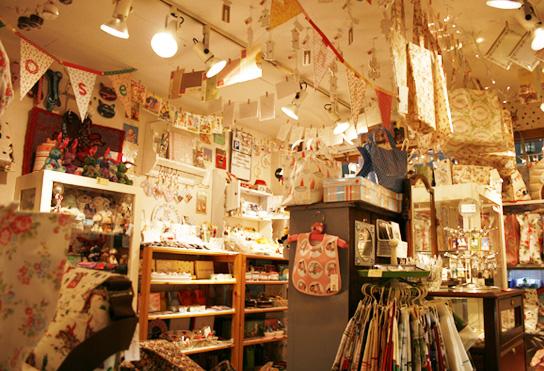 東京雑貨めぐり!口コミ評価の高い行ってよかった東京の雑貨屋さんのサムネイル画像