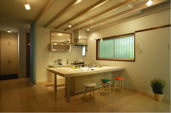キッチンテーブルやキッチンテーブルカウンターのあれこれ!のサムネイル画像