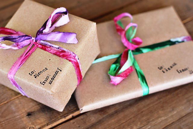 心のこもったギフトを贈るなら!おしゃれなラッピングアイデアまとめのサムネイル画像