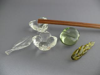 さりげなく食卓を彩るガラスの箸置き✩おしゃれな箸置き大集合!のサムネイル画像