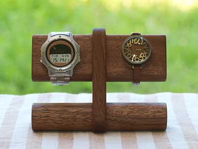 腕時計をディスプレイしたリ、懐中時計を飾れるおしゃれなスタンドのサムネイル画像