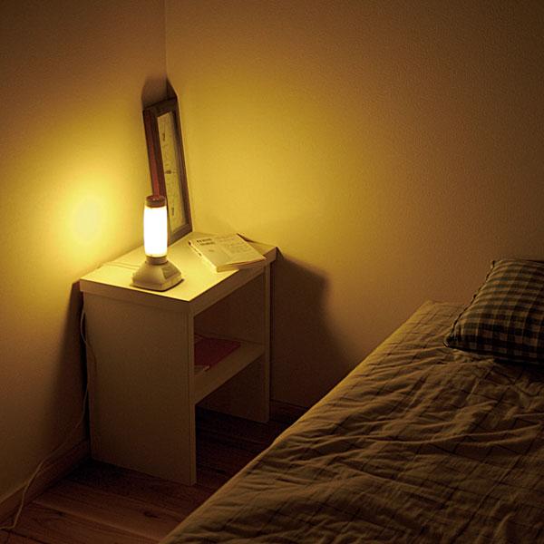 寝室にぴったりなスタンドライトは?おすすめスタンドライト3選。のサムネイル画像